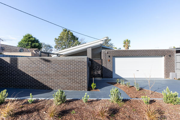 Robust House Facade 2 - Special Purpose Housing
